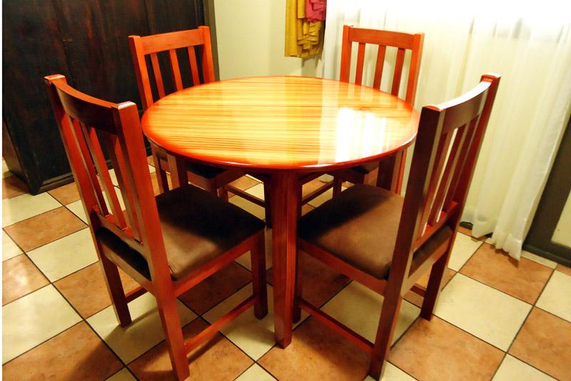 muebles lopez muebles y juegos de comedor en costa rica On comedor redondo de madera